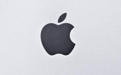 Наклейка Apple на телевизорах